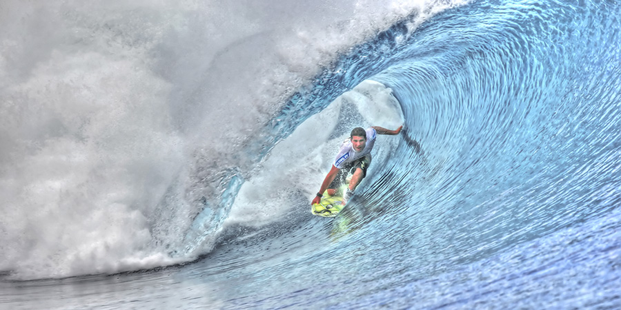 Supa' man switchin' at Teahupo'o !